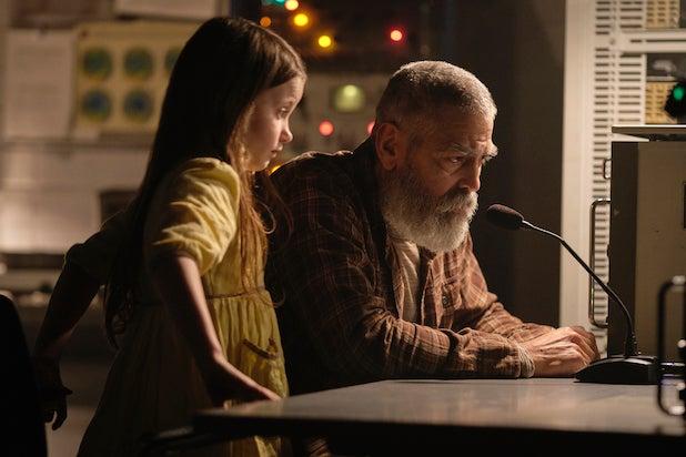 The Midnight Sky - George Clooney and Caoilinn Springall