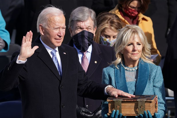 Joe Biden Sworn in as 46th President of the US and Proclaims: 'Democracy Has Prevailed' thumbnail