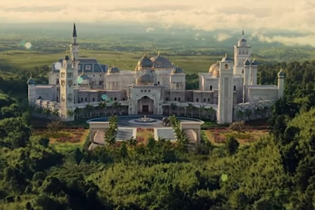 Coming 2 America palace