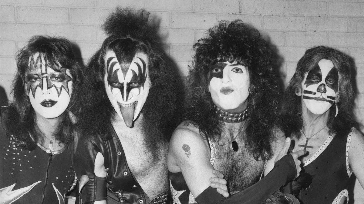 KISS 1976 - Shout It Out Loud