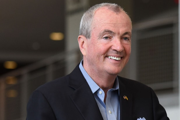 New Jersey Governor Hopes to Lure Movie Business From Georgia With Tax Credits thumbnail