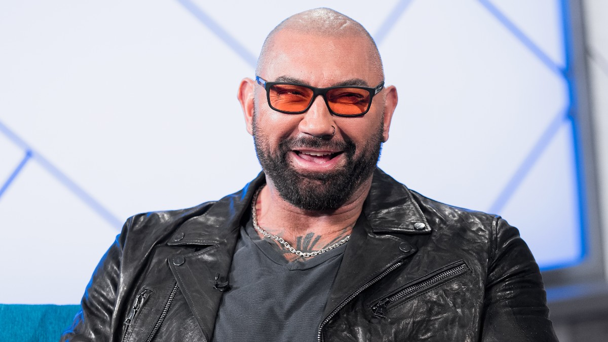Dave Bautista Joins Rian Johnson's 'Knives Out' Sequel.jpg