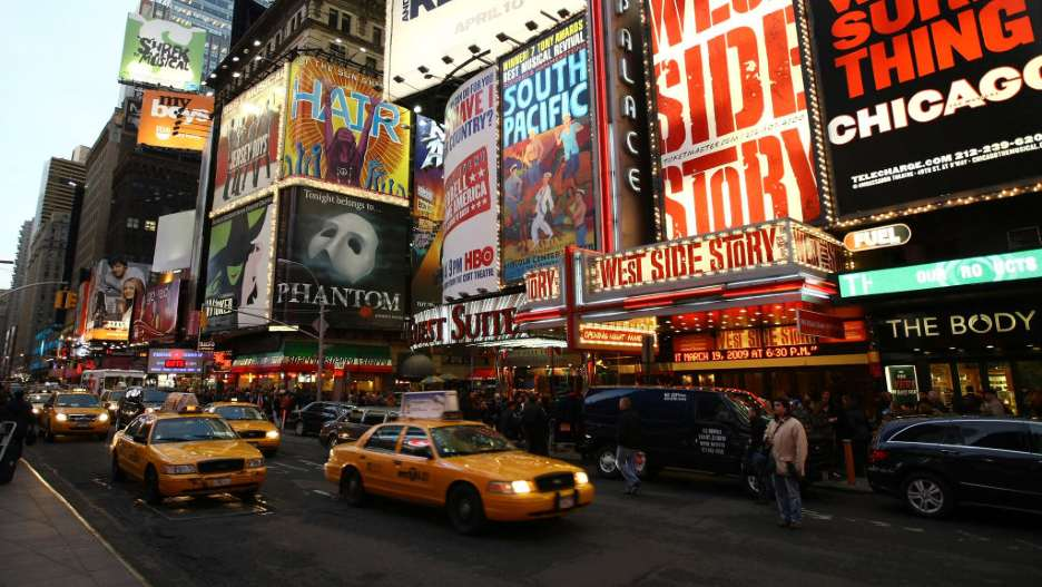 Broadway Theaters to Reopen at Full Capacity in September