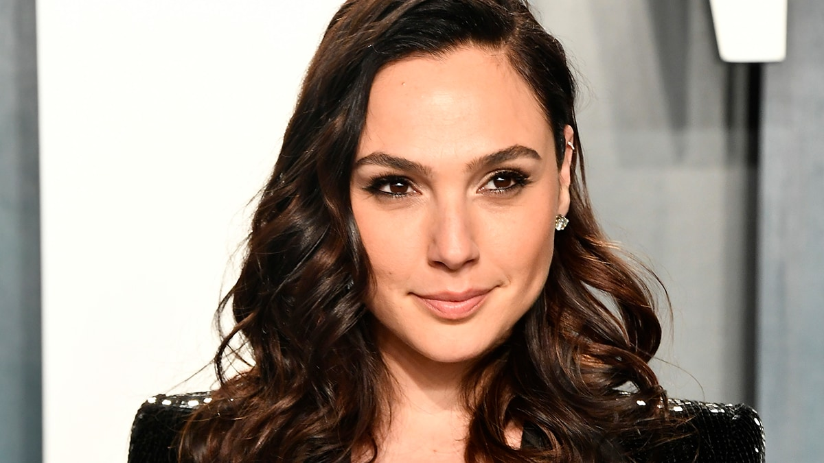 Gal Gadot Gets an Earful Online After Calling for an End to 'Unimaginable Hostility' in Her Native Israel