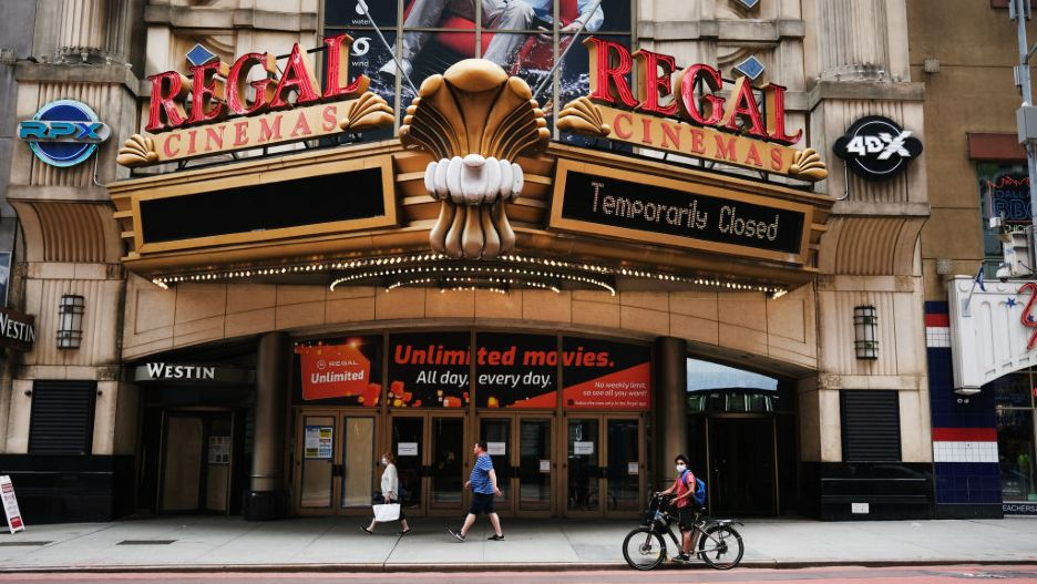 Regal Cinemas Cineworld Universal