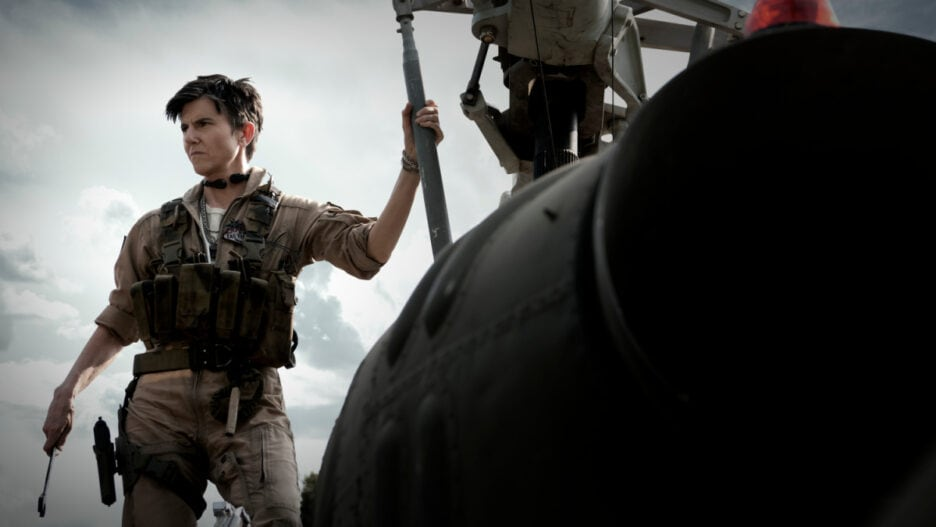 tig notaro never looks right in army of the dead