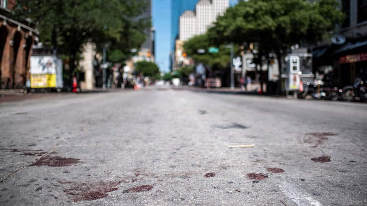 13 People Injured in Austin, Texas Mass Shooting; Shooter Still at Large
