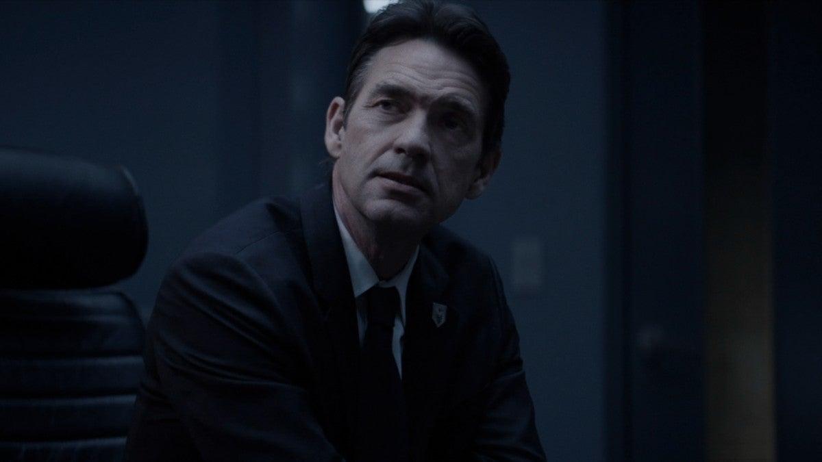'Batwoman' Star Dougray Scott Exits After Season 2