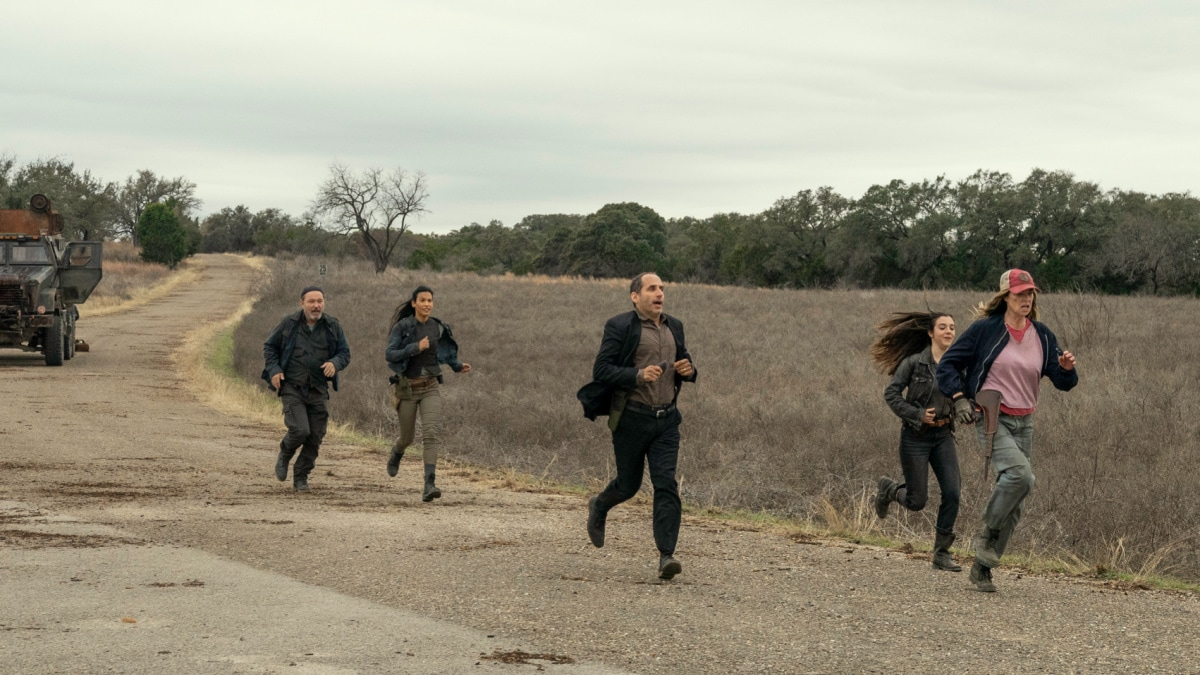 fear the walking dead season 6 finale world being helicopter