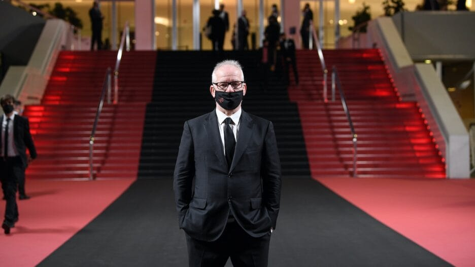 Thierry Fremaux masked Cannes