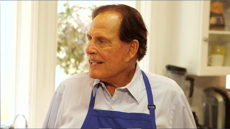Ron Popeil, 'Set It and Forget It' Infomercial King, Dies at 86.jpg