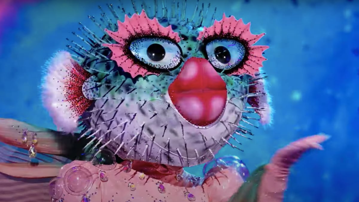 Watch the First 2 Minutes of 'The Masked Singer' Season 6 Premiere Early (Exclusive Video).jpg